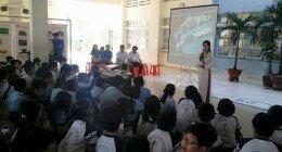 """Chương trình giáo dục CLB """"Em yêu lịch sử""""  với chủ đề """"Bác Tôn – 15 năm ngục tù Côn Đảo""""  tại trường Tiểu học Lê Thị Riêng"""